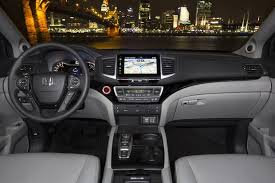 2015 honda pilot interior 2015 vs 2016 honda pilot what s the difference autotrader