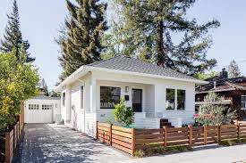 bungalow house small cottage style bungalow house with big design ideas