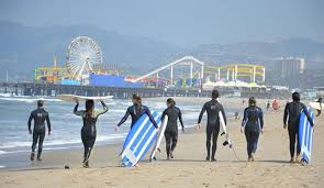 10 reasons why los angeles is the best city for a surfer to live
