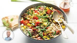 cuisiner pois chiches salade de pois chiches et de couscous vinaigrette à la harissa de