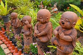 how to garden statues all year gardening