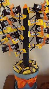 this halloween candy tree makes for a great center piece for those