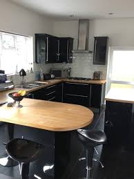fitted kitchen design ideas simple l shape small fitted kitchen featuring brown wooden kitchen