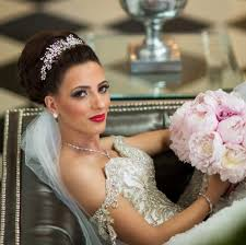 bridal headpiece regal real brides rocking crowns bridal styles