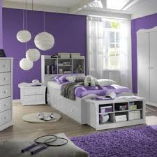 Wohnzimmer Deko Lila Gemütliche Innenarchitektur Dekoideen In Lila Farbe Badezimmer