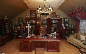The Opulence Viktor Pshonka Ukraine U0027s Prosecutor General U0027s Opulent Kiev