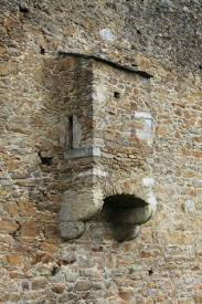 peasants what toilet facilities were available to commoners in