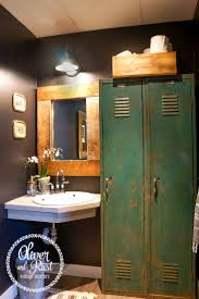 Bathroom Storage Ideas Pinterest by Best 10 Locker Storage Ideas On Pinterest Locker Storage