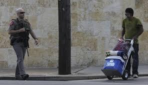 feds police sweep mall searching for elusive gunman san antonio