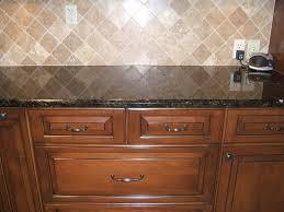 How To Backsplash Kitchen Granite Countertop Cabinet Pads Black Mosaic Tile Backsplash