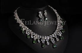 cubic zirconia necklace sets images Luxurious jewelry white pear marquise stone drop emerald color jpg