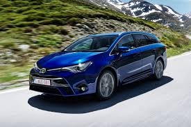 avensis new toyota avensis estate 2015 review auto express