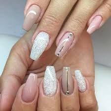 easy nail art glitter 20 glitter nail designs for the everyday glamazon