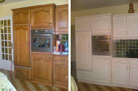 peindre placard cuisine peindre meuble cuisine idées de design maison faciles