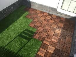 Mobel Fur Balkon 52 Ideen Wohnstil Roof Terrace With Ikea Decking Tiles And Oakham Artificial Grass 3