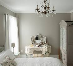 Ideas To Use Mirrored Furniture In The Bedroom Interior Design - Bedroom ideas with mirrored furniture