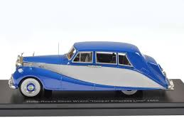 roll royce limousine 1 43 neo rolls royce silver wraith empress limousine rhd street