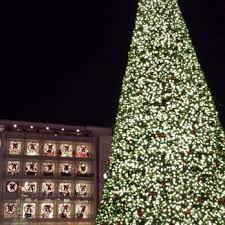 sf christmas tree lighting 2017 macy s christmas tree 226 photos 57 reviews local flavor
