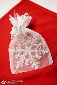 christmas ornament favors wedding favour ideas from weddingcandles ie weddingcandles ie