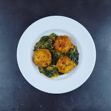 cuisiner epinard frais boulettes de poulet au curry et épinards frais