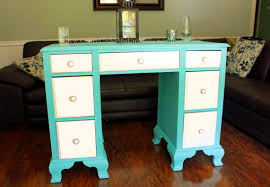 how to refinish a desk the tiffany desk a broken foot and a nomination desks diy