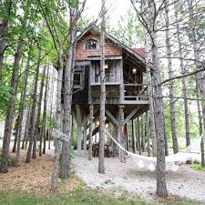 treehouse retreat photos of the prettiest treehouse ever