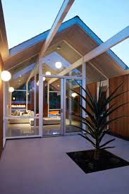 Eichler House by This Mid Century Modern Eichler House In California Got A