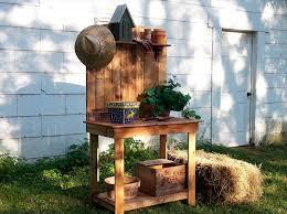 Garden Potting Bench Diy Wood Pallet Potting Bench 101 Pallets