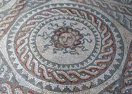 Medusa Planter 123 Best Meduse Gorgone Images On Pinterest Greek Mythology
