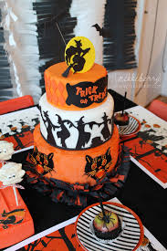 tiered halloween cakes halloween party