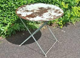 Patio Furniture Vernon Bc by Vintage Round Metal Yard Patio Table Furniture Patio Tables And