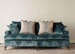 canapé classique tissu canapé classique en tissu à roulettes chelsea zoffany
