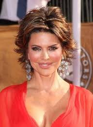 what is the texture of rinnas hair pictures lisa rinna lisa rinna short shag hairstyle 2012