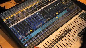 Recording Studio Mixing Desk by Presonus Studiolive 24 4 2 Digital Mixer Hands On Overview Part 1