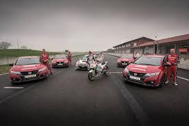cars u0026 racing cars honda honda civic type r races motogp and touring car in 360 degree