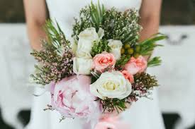wedding flowers questions to ask 10 questions to ask your wedding florist singaporebrides