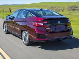 honda hydrogen car price review honda clarity hydrogen car won t go the distance