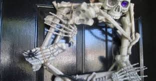 Awesome Outdoor Halloween Decorations by Diycraftsguru Page 2 Of 99 Cool Diy Crafts And Ideas