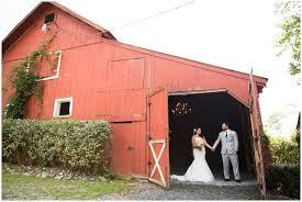 Hudson Valley Barn Wedding Erica U0026 Adam U0027s Wedding Falkirk Estate Hudson Valley Wedding