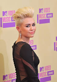 miley cyrus haircuts and hairstyles u2013 20 ideas for hair of any length
