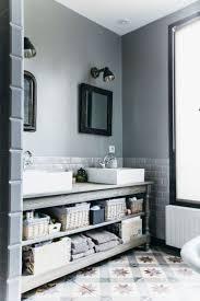 Vintage Retro Bathroom Decor by Best 25 Retro Bathroom Decor Ideas On Pinterest Mirror Wall