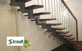 gerade treppe schreinerei strauß geradetreppen