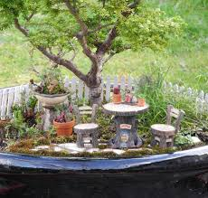 miniature gardening com cottages c 2 miniature gardening com cottages c 2 garden furniture the mini garden guru from twogreenthumbs com