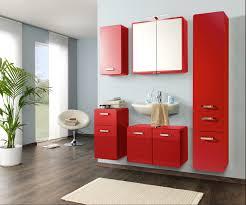 badezimmer rot gemütliche innenarchitektur wohnzimmerwand braun dekoideen