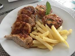cuisiner un filet mignon de porc en cocotte filet mignon de porc rôti aux échalotes en cocotte facile recette