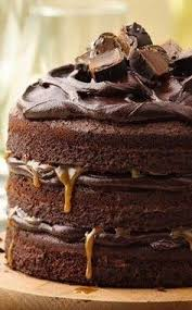 chocolate cake with chocolate hazelnut frosting call me cupcake