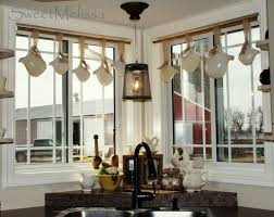 Kitchen Window Treatment Ideas Pictures Best 25 Kitchen Window Dressing Ideas On Pinterest Long Window