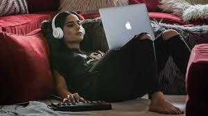 amazon black friday headphone deal beats solo3 headphones deal is 80 at amazon for black friday