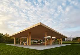 tetto padiglione il padiglione mies ispirato con 窶彿l pi羯 grande tetto di legno