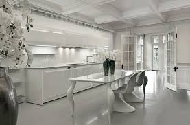 modele cuisine blanc laqué modèle cuisine blanche en 50 idées inspirantes à vous faire découvrir
